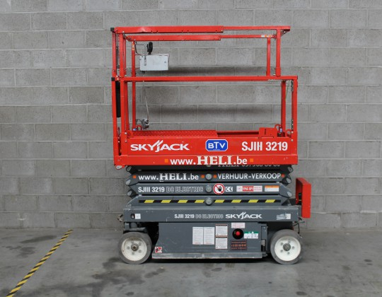 SJ3219