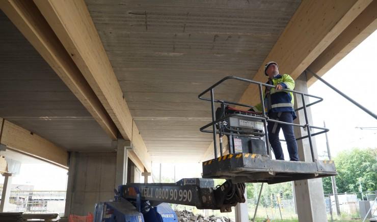 Heli Group: hoogwerkers en steigers bij P+R Luchtbal in Antwerpen