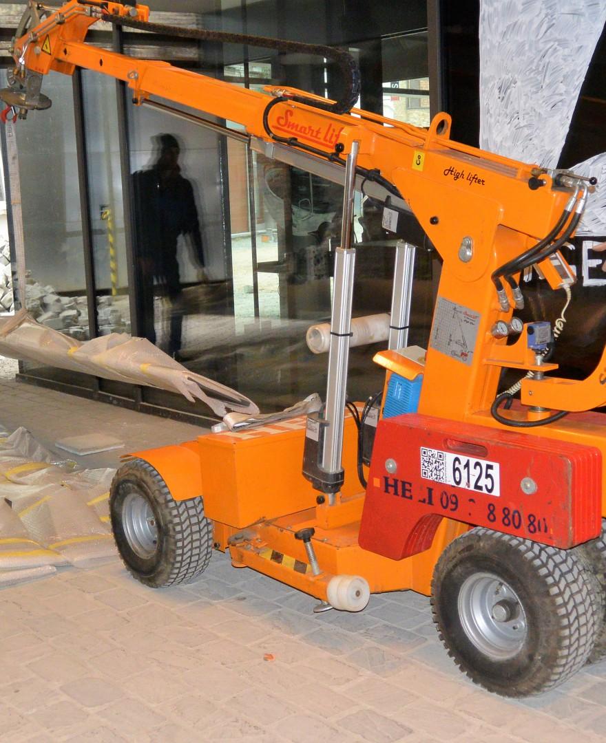 Smartlift SL 608 Outdoor High Lifter